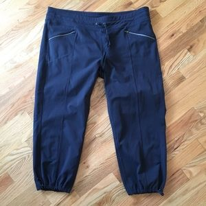 Athleta navy capri sweatpants size XL